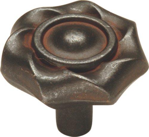 Hickory Hardware PA1312-RI 1-1/4-Inch Charleston Blacksmith Cabinet Knob, Rustic Iron